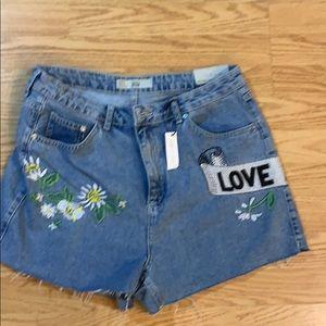 Topshop Love Me Love Me Not high waist MOM shorts